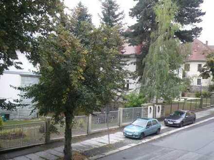 geräumige 3-Raum-Wohnung mit Aufzug und Balkon - für Selbstnutzer und Kapitalanleger
