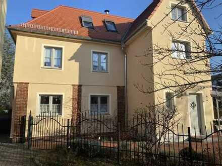 Neuwertiges Haus in Radebeul Ost - Ihre Chance!
