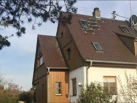 Sanierte 7-Zimmer-Doppelhaushälfte mit Einbauküche in Göggingen, Augsburg