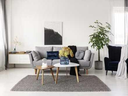 Großzügige Maisonette-Wohnung mit Balkon & Dachterrasse