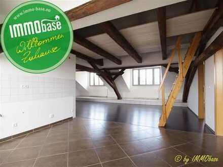 Außergewöhnliches Wohnflair mit Balkon und Fernblick!
