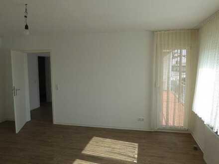 Modernisierte 3-Zimmer-Wohnung mit Balkon in Ober-Ramstadt im Nichtraucherhaus