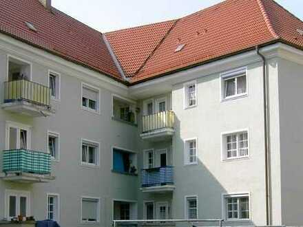 kleine 2-Zimmerwohnung mit Balkon im Altbaugebiet