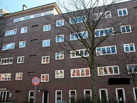 Schöne 2 Zimmer Wohnung mit Balkon im ruhigen Barmbek