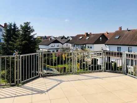 Franzosenviertel: Dachgeschosswohnung mit Weitblick am Main - Attic apartment next to the Main
