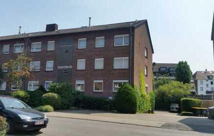Großzügige 4-Zimmer-Wohnung mit Balkon, DU-Rheinhausen/Grenze Bergheim