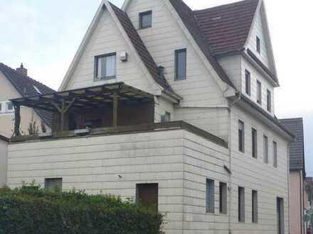 Stadthaus - Zweifamilienhaus mit Gewerbeteil