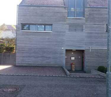 Moderne teilmöblierte 2-Zimmer-Einliegerwohnung mit Terrasse in 73765 Neuhausen