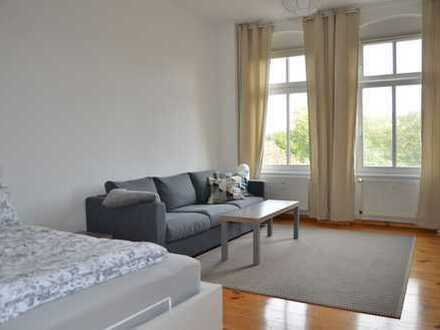 Vollmöbliert - Tolle Single-Wohnung mit 43 m² mit Balkon im Herzen Friedrichshains