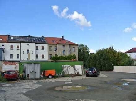 vermietetes Mehrfamilienhaus mit Baugrundstück in Leipzig zu verkaufen