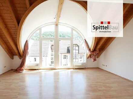 Helle Maisonettewohnung in zentraler Lage von Schramberg zu vermieten!