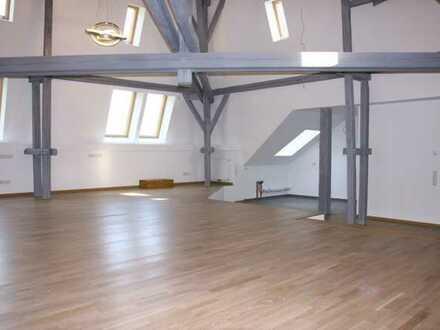 Aussergewöhnliche Loft-Wohnung im ehemaligen Benediktinerabtei von Ac.-Kornelimünster