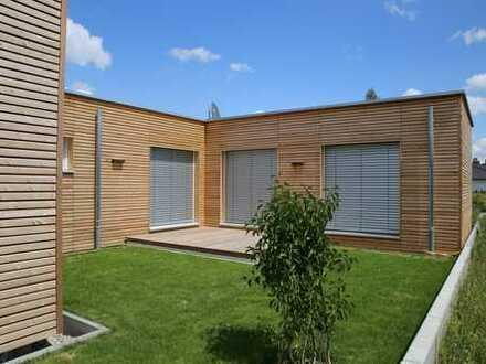 Elegantes AtriumHaus in ökologischer Modulbauweise