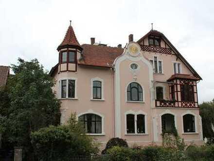 Wunderschöne Altbau-Maisonette-Wohnung in Wallnähe