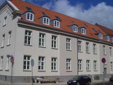MFH saniert mit 18 Einheiten, Einzeldenkmal, Anlage oder Aufteilung, TOP Lage