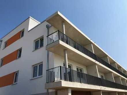 Neubau in Laatzen: Helle 3 Zimmer, Wannenbad, Balkon, Stellplatz u.v.m.