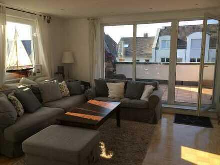 Schöne 3-Zimmer-Maisonette-Wohnung mit Loggia und Einbauküche in Dortmund