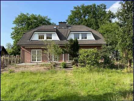 Doppelhaus komplett frei geliefert Viel Platz für 2 Familien im grünen Bergstedt