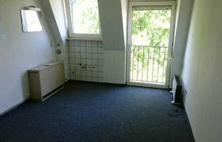 15qm Zimmer in Kreuzviertel sucht neuen Bewohner