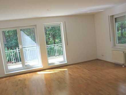 **in idyllischer Lage ! 4-Zimmer-Doppelhaushälfte mit Hobbyraum**