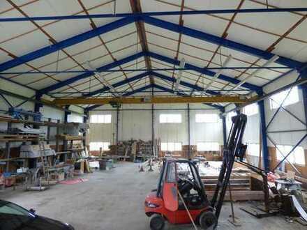 Lager-/Produktionshalle mit Kran ca. 3 km nördlich von Westerheim zu verkaufen!!