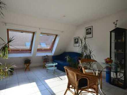 Stilvolle, gepflegte 2-Zimmer-Wohnung mit EBK in Stuttgart