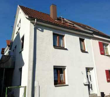 Gemütliche Doppelhaushälfte im Ortskern von Gültstein, Herrenberg