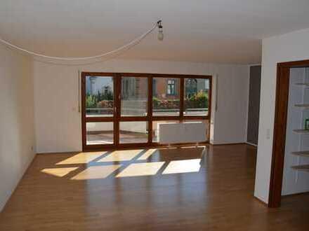 Exklusive, gepflegte 2,5-Zimmer-Wohnung mit Balkon in Ravensburg