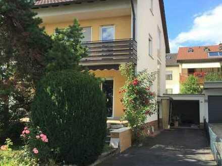 Handwerker aufgepasst - Vollunterkellerte Doppelhaushälfte in ruhiger Wohngegend