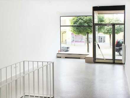 Attraktiver 43 qm großer Laden / Büroraum mit Lager, zentral gelegen im Herzen von Kolbermoor