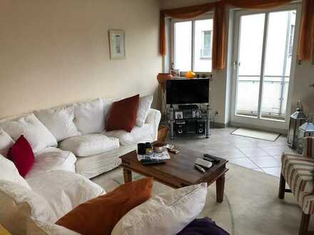 Ansprechende 3-Zimmer-Wohnung mit Balkon (1. Stock) bei Röhrmoos