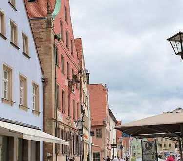 beim Marktplatz: Geschäfts-/Wohnhaus auch für Eigennutzer