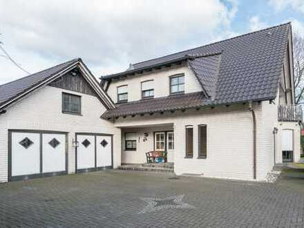 Freistehendes Wohnhaus mit Einliegerwohnung!