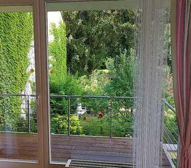 Helle 2-Zimmerwohnung am Waldrand in Neu-Isenburg