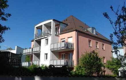 """""""Schicke City-Wohnung"""" 2 Zi.-DG mit Balkon und tollem Ausblick!"""