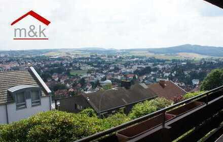 Büdingen-Stadt: 1 Zimmer Apartment mit Ambiente und Traumblick über die Stadt, saniert, sofort frei!