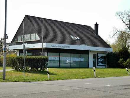 Vielseitig nutzbares Geschäftshaus in Halle (Westf.) - Auch teilbar!