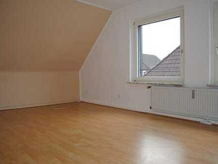 Schön schräg! Freundliche, gepflegte 5-Zimmer-Dachgeschosswohnung in Dortmund
