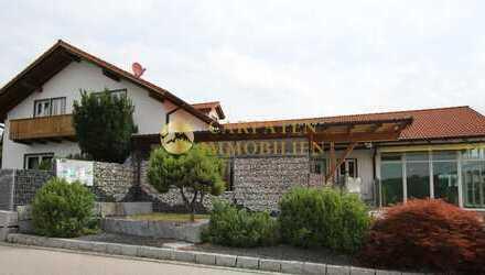 Einfamilienhaus mit Gewerbe und Einliegerwohnung - 84095 Arth