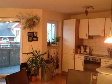 Helle drei Zimmer Wohnung in Lörrach (Kreis), Eimeldingen mit EBK