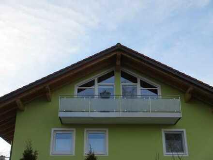 Schöne, 1 Zimmer Dachgeschoss-Wohnung im Kreis München, Sauerlach