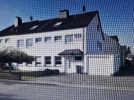 Helle 3 Zimmer Dachgeschosswohnung in Hattingen-Niederwenigern