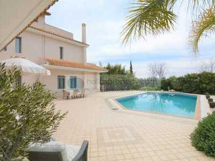 Großartige Fantastische Villa mit Größe und Panoramablick, Pool, in Top- Lage außerhalb von Nafplio