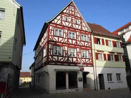 Kapitalanleger aufgepasst: Saniertes Wohn- u. Geschäftshaus in Munderkingen
