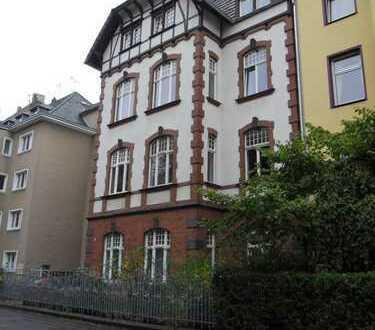 Sehr schöne 5 Zimmerwohnung mitten im Herzen von Nippes am Leipziger Platz