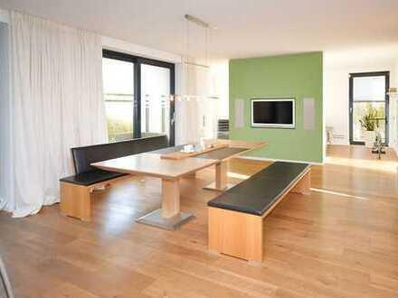 Super modernes, lichtdurchflutetes Einfamilienhaus