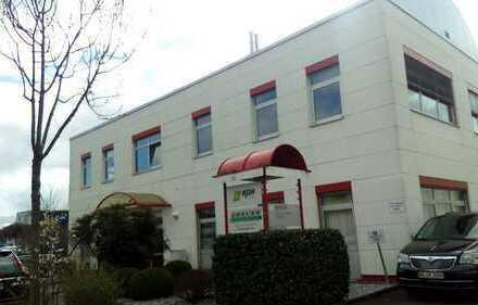 Gepflegte Bürofläche in Karlsruhe Ost von Privat zu vermieten