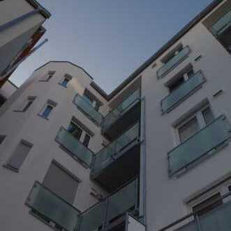 Himmlische City-Oase mit exklusiver Ausstattung: SONNEN-Balkon frei Haus
