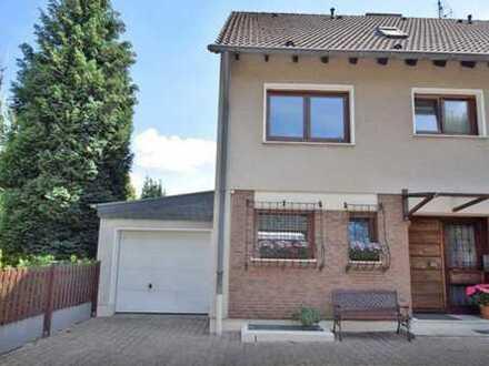 Familien-Held! Doppelhaushälfte mit Garten und Garage mitten in Kettwig