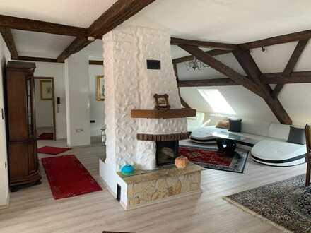Alternative zum Haus: 6,5 ZKBB, 175qm, Dachwohnung/ teilbar auf 2 Wohnungen